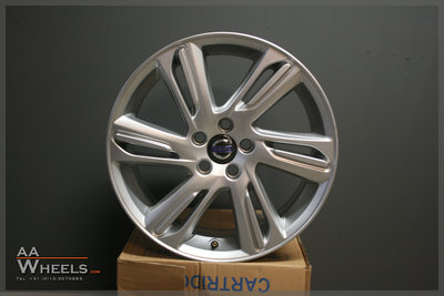 Volvo V40 Cross Country V70 V60 S60 C70 18 inch velgen 31381860BL